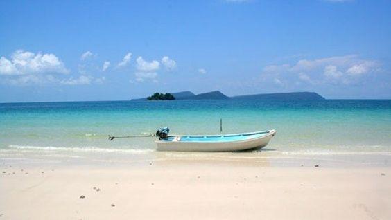 Koh Rong được xem như hòn đảo nổi tiếng thu hút du khách du lịch Campuchia nhiều nhất