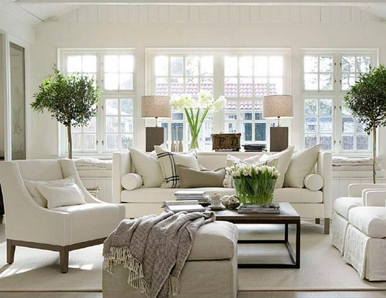 Cozy-Traditional-Living-Room-Indoor-Plant-Modern-White-Decor.jpg (600×463)  #tischumstuhl