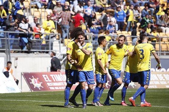 """ElDesmarque Cádiz CF en Twitter: """"El Cádiz es uno de los equipos con más goleadores https://t.co/V5TsrGkUC6 https://t.co/a8TrxujufI"""""""