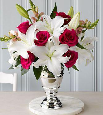 Ein sehr eleganter Strauß zum #Valentinstag  #valentinesday #flowers #blumen #twbm: