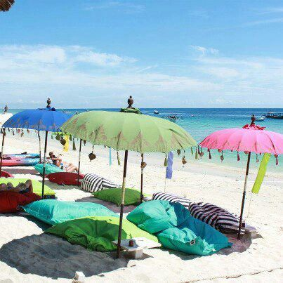 chill out on beaches of Bali  ☮ www.purehouseibiza.com loves Bali ☮ - Double click on the photo to Design & Sell a #travel guide to #Bali www.guidora.com https://ianneateblog.wordpress.com/                                                                                                                                                     More