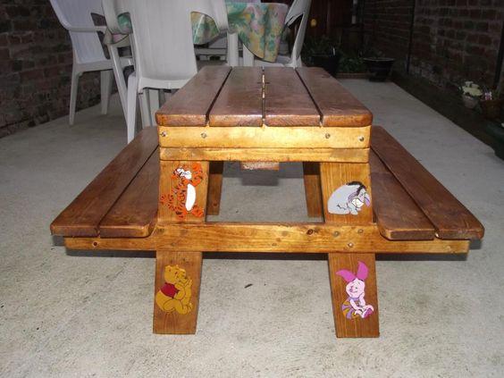 table picnic pour enfant instructions de montage. Black Bedroom Furniture Sets. Home Design Ideas