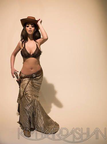 https://www.google.com/search?q=kim kardashian 2008 calendar