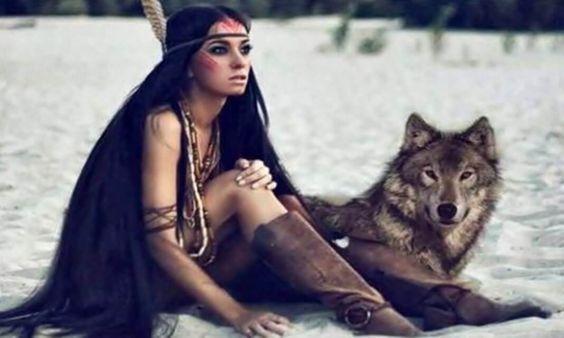 O silêncio dos lobos...Somente os poderosos, sejam lobos, homens ou mulheres, respondem a um ataque verbal com o silêncio.