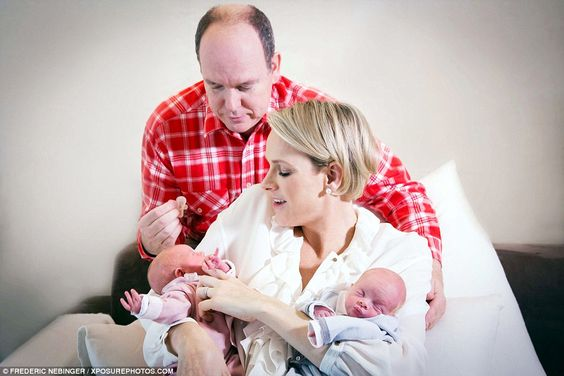 Prince Albert and Princess Charlene release first pictures of their tiny twins Jacques and Gabriella | Daily Mail Online
