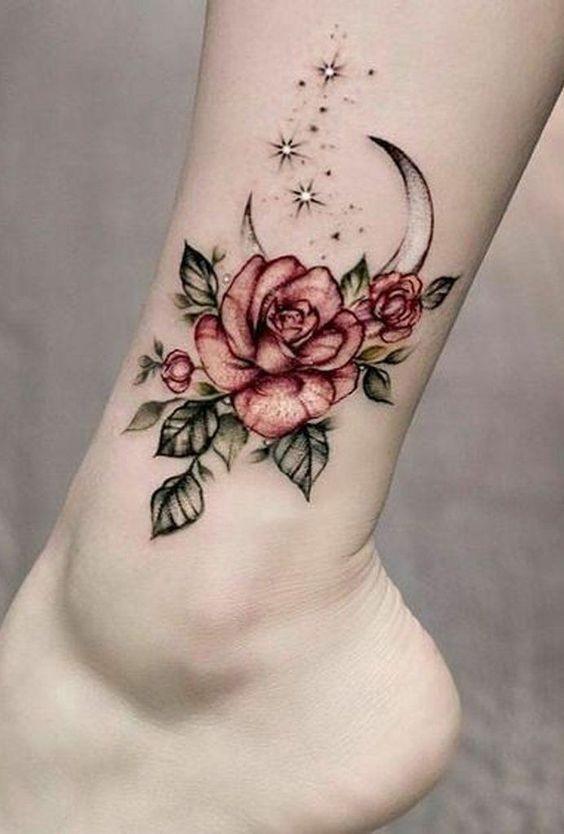 Unieke Tatoeages Zinvolle Tatoeages Kleine Tatoeages Creatieve Tatoeages Voor Vrouwen Aan In 2020 Flower Tattoo On Ankle Foot Tattoos Rose Flower Tattoos
