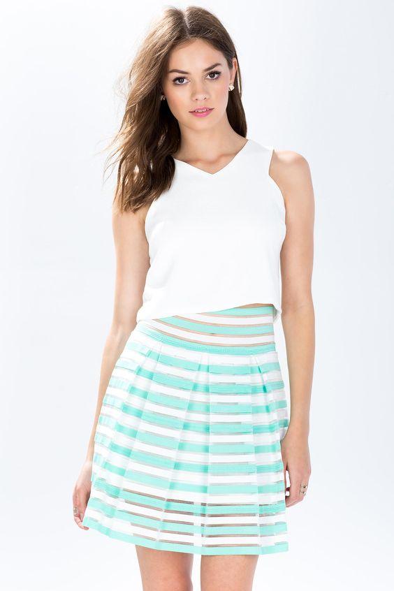 Полосатая юбка Размеры: S, M, L Цвет: зеленый с принтом Цена: 775 руб.  #одежда #женщинам #юбки #коопт