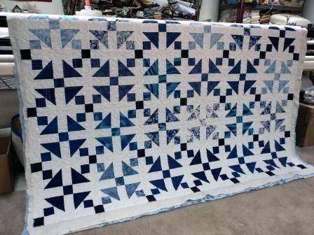 BabyLap Postage Stamp Cotton Handmade Quilt in Black and Blue White