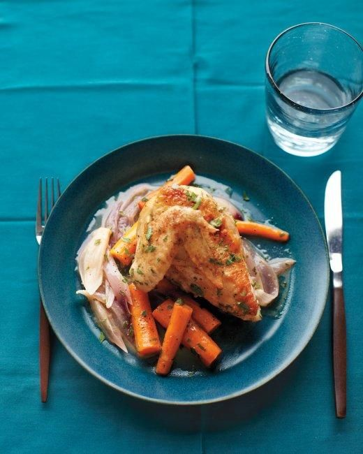 Braised Chicken with Red Onion and Carrots Recipe: Recipes Chicken, Chicken Recipes, Braised Chicken, Chicken Dishes, Dinner Ideas, Main Dishes, Food Network/Trisha