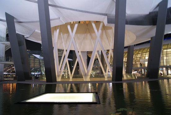 Bảo tàng triển lãm rất nhiều bộ sưu tập mới nhất trên thế giới