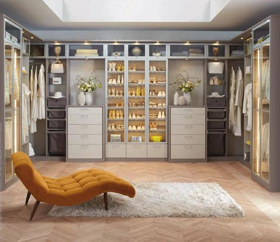 Fainting couch california closets and new england homes for California closets reno