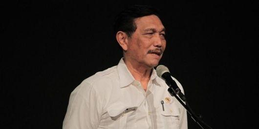 Luhut Jelaskan Insiden Diteriaki Mahasiswa Pro Prabowo Di Medan Bentengsumbar Com Mahasiswa Bepergian