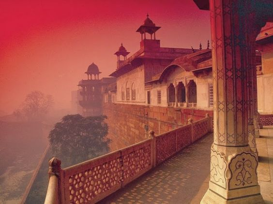 Fairy tale. Lahore fort