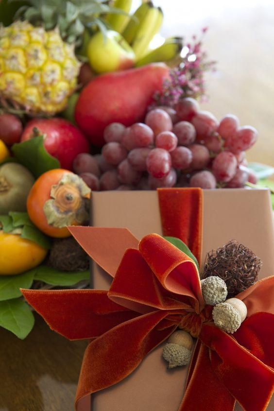 Happy Thanksgiving - My Decorations & My Favorite Pumpkin Piie - Carolyn Roehm