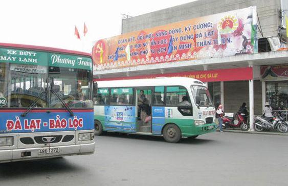 Xe bus tại Đà Lạt
