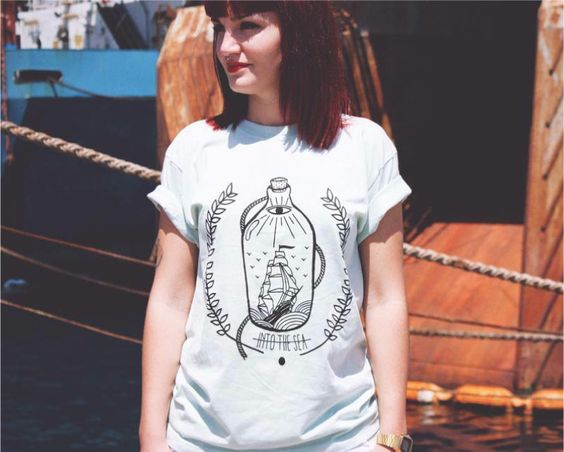 MINT Studio  Direction les Iles Canaries avec MINT Studio, un studio de design espagnol fondé en 2012 par Cristina Sanchez et Jennifer Vega. Les deux amies, spécialisées en design industriel et graphique, éditent en parallèle une petite ligne de vêtements et d'accessoires, depuis leur atelier de Las Palmas à Gran Canaria. Parmi les t-shirts proposés, il y a naturellement quelques pépites...  http://www.grafitee.fr/tee-shirt/mint-studio/  #lifestyle #fashion #graphic #Tshirts #Spain…
