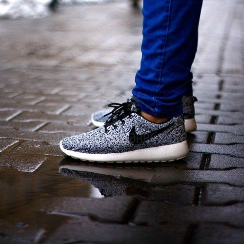 Roshe Run Speckle