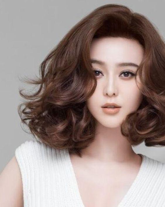 Mẫu tóc xoăn ngắn 2020 - 2021 không bao giờ hết mốt