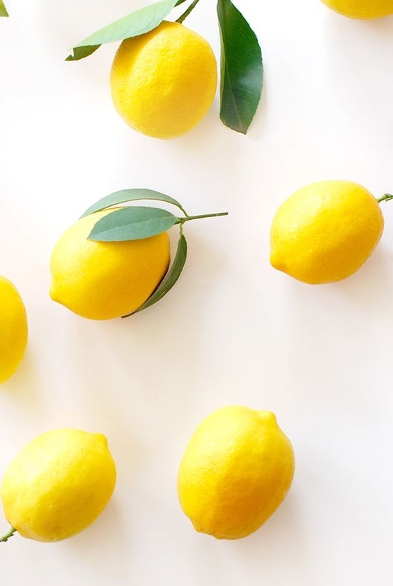 Bright and sunny lemons: