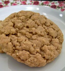 Brooke Bakes : Apple Cinnamon Instant Oatmeal Cookies