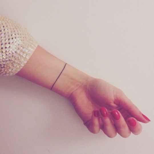 Un bracelet.