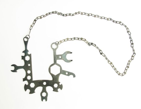 Nils Hint Necklace: Very practical necklace, 2016 forged / welded iron: