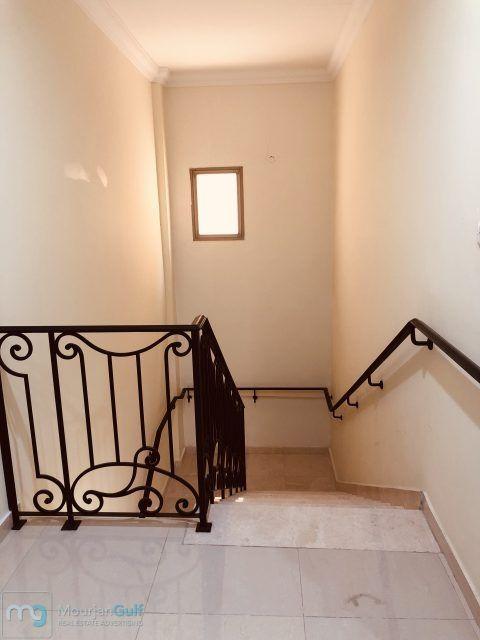 للإيجار فيلا راقية في قرطبة دورين وسرداب 7 غرف صالات حديقة غرف خدم وسائق مواقف 6 داخلية وخارجية 2700دك Maids Room Home Decor Decals Guest Bath