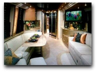 luxury rv | Indulge yourself with a luxury RV rental. If you want luxury, space ...