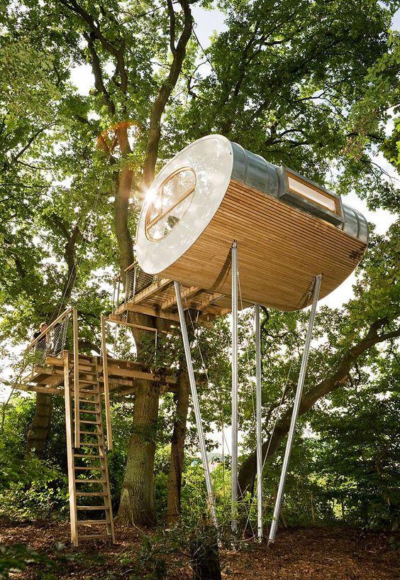 baumhaus djuren- zeitloser erlebnisraum zwischen zwei eichenbäumen, Garten und erstellen