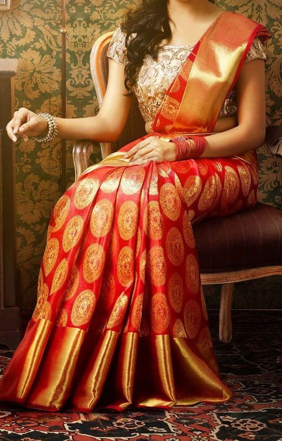 Mmmmm... Red silk sari ❤️
