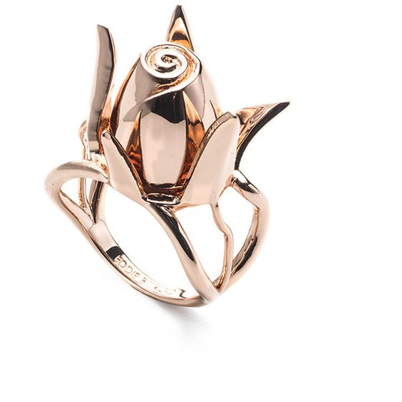 Eddie Borgo Rose Ring Rose Gold ($150) ❤ liked on Polyvore featuring jewelry, rings, pink rose gold ring, rose gold jewelry, pink gold jewelry, red gold ring and pink gold rings
