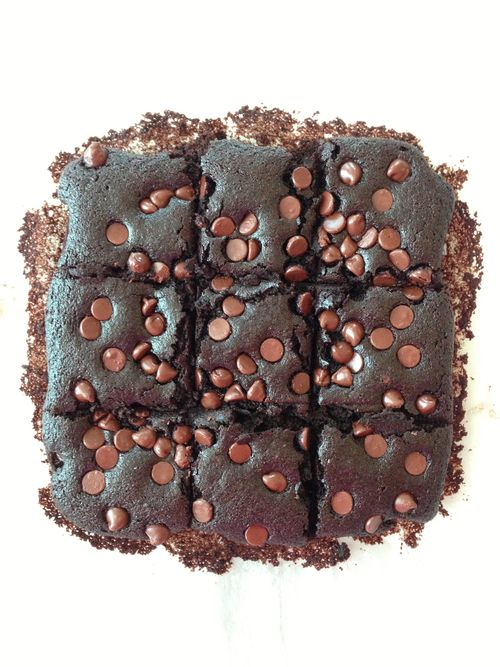 Skinny Whole Wheat Brownies | Brownies, Skinny and Forks