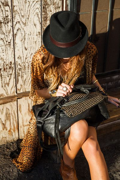 ana-lopo:  The Oxford Trunk