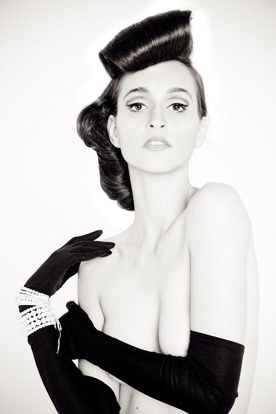 Vive la Beaute Classique by Anna Ciupryk
