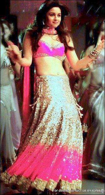 Alia Bhatt in Student of the year | Bollywood | Pinterest ...