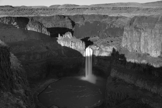 Inspired by Darkness While on the NxNW trip to Palouse, we stopped at Palouse Falls for some shooting time before sunset. Unfortunately the su...