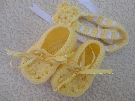 Baby booties with headband