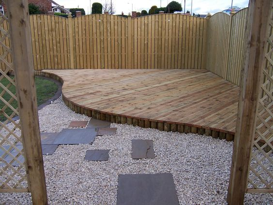 Decking for the corner