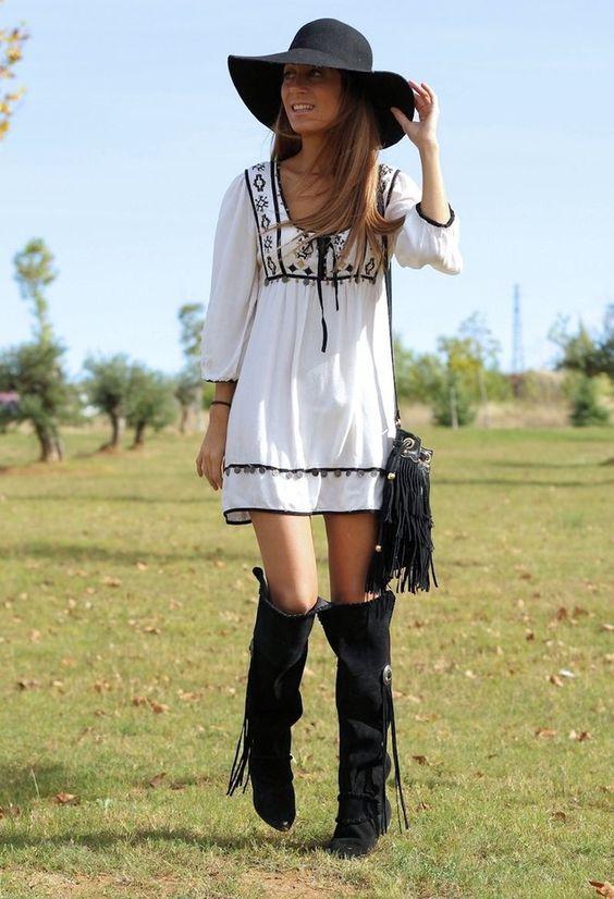 Vestidos hippies cortos con botas buscar con google d - Moda boho chic ...