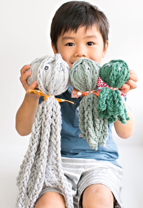 Knitting Without Needles Tutorial : Kid made finger knit octopus review of knitting without