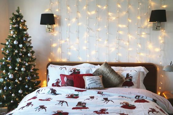 Christmas home christmas bedroom and zoella christmas on for Room decor zoella