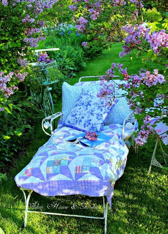 Aiken House  Gardens: Relaxing Under the Lilacs