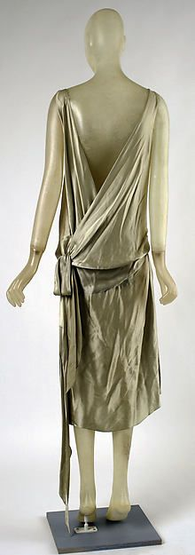 Evening dress Designer: Madeleine Vionnet (French, Chilleurs-aux-Bois 1876–1975 Paris) Date: ca. 1928 Culture: French Medium: silk