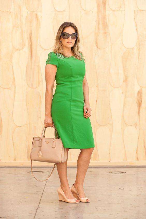 #fashionforwork#vestidoverde#