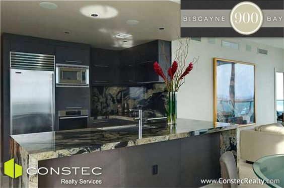 3 bedroom unit on the 40th floor of 900 Biscayne Bay in Downtown Miami: Kitchen