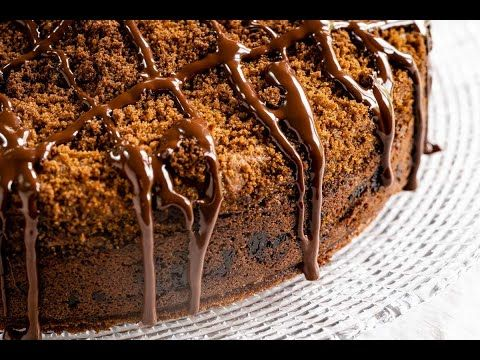 Chocolate Coffee Cake With Sour Cream Is An Easy Moist Cinnamon Streusel Topped Cake Recipe That S Layer In 2020 Coffee Cake Sour Cream Cake Chocolate Cake With Coffee