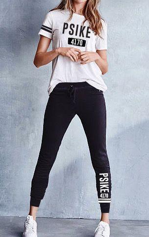 Completo Psike4170  Tshirt bianca+pantaloni neri con fascia caviglia e tasche