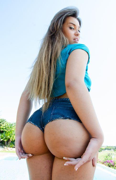 Big Ass Porn Actress