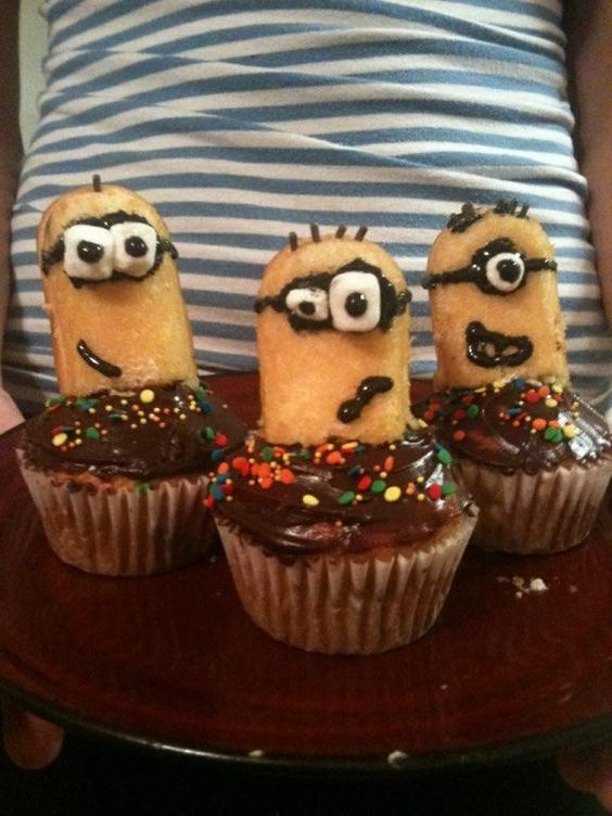 Despicable me cupcakes made with twinkies!!