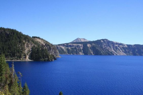 Crater Lake - The Deepest Lake in the United States, and Arguably the Most Beautiful  | Travel Dudes Social Travel Blog